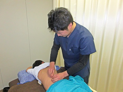 鍼灸治療中の写真